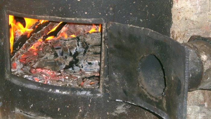 печка для отапливания сарая